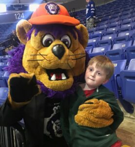 Tas with sporting mascot